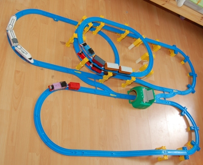 Thomas Motor Road and Rail (Trackmaster) and Tomy Tomica Hypercity Train sets